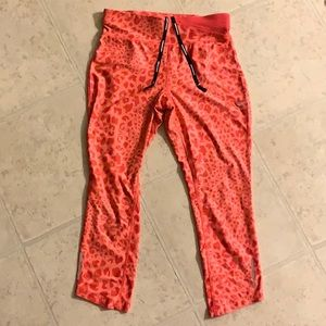 Nike Dry-fit red leopard capris high waist xs